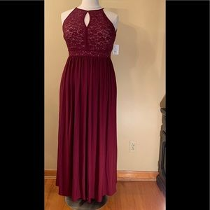 NWT Lace Wine/Keyhole Tie Back Halter Dress 16